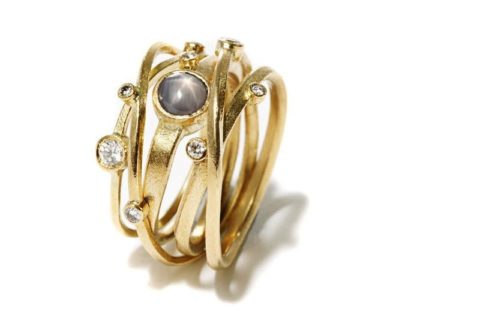 Kaprifol Ring Five Gold Diamonds Star Sapphire